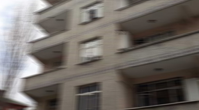 MANİSA'DA APARTMAN KARANTİNASI KALDIRILDI