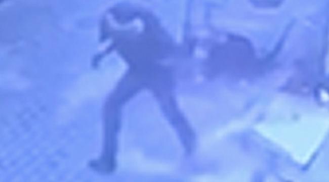 Manisa'da bir kişinin ölümden döndüğü anlar kamerada