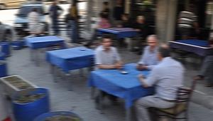 KAHVEHANE ESNAFI TEPKİLİ
