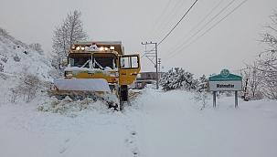 Manisa'da karla mücadele çalışmaları