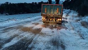 Manisa'da yoğun karla mücadele