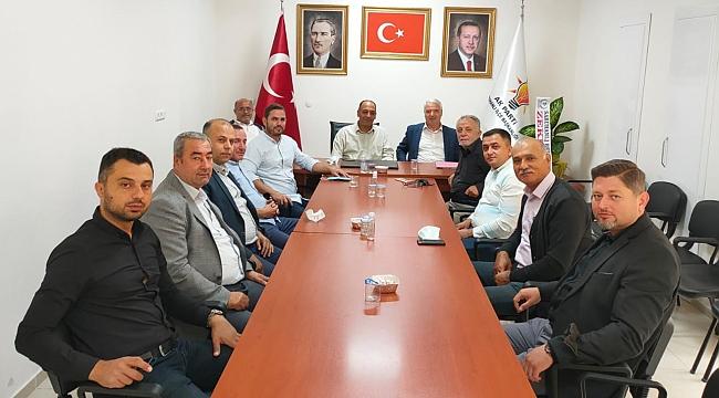 CHP'li Başkandan Ak Parti ve DP'ye ziyaret