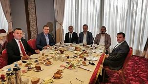 Manisa muhalefetini bir araya getiren kahvaltı