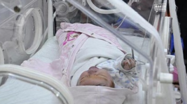 40 günlük bebeği annesi çöpe attı