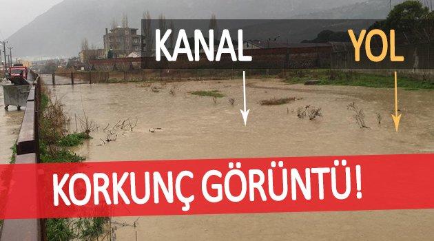 Mahallede korkutan görüntü! Sulama kanalı yerle birleşti
