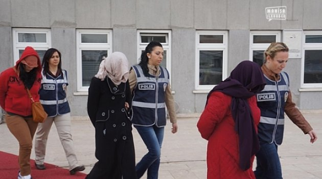 Manisa'da 13 kadın gözaltında