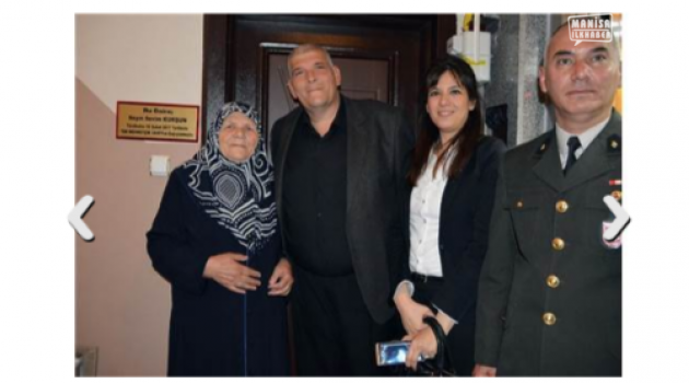 Mehmetçik Vakfına 3 daire bağışladı
