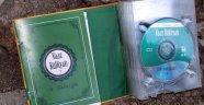 Manisa'da FETÖ'nün CD'lerini çöpe attılar