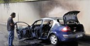 Seyir halinde araç yandı