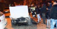 Turgutlu'da 2 otomobil çarpıştı